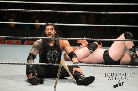 Roman Reigns vs Sheamus