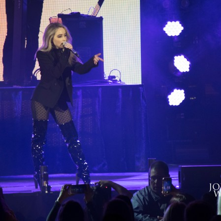 Sabrina Carpenter at B96 Pepsi Jingle Bash 2017